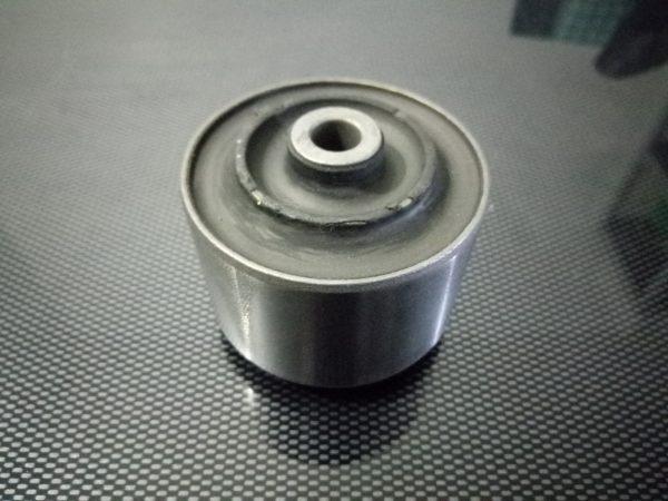 Silentbloc moteur inférieur PTS moteur TU 65mm
